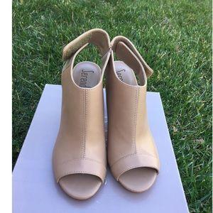 Leather sandal, 7.5